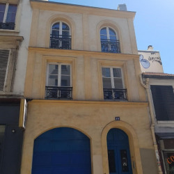 Vente Local commercial Bourges 463 m²