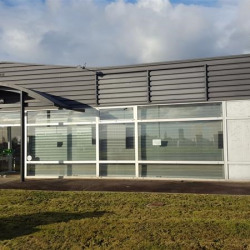 Location Local commercial Melesse 200 m²