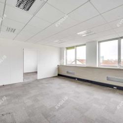 Location Bureau Issy-les-Moulineaux 1048,6 m²
