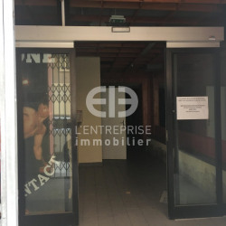 Location Local commercial Nice 231 m²