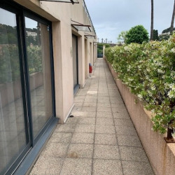 Location Local commercial Le Cannet 47 m²