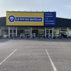 Location Local commercial Beauvais 575 m²