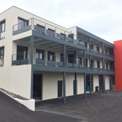 Location Bureau Saint-Clément-de-Rivière 560 m²