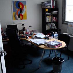 Location Bureau Bron 102 m²