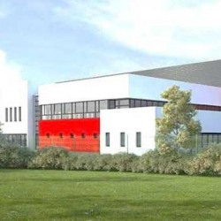Location Entrepôt Puiseux-Pontoise 77806 m²