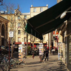 Location Local commercial Versailles 580 m²