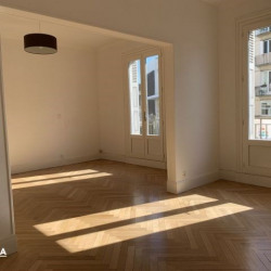 Location Local commercial Caen 124 m²