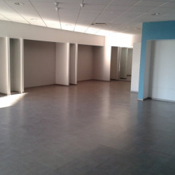 Location Local commercial Orange 311 m²