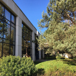 Location Bureau Guyancourt 1019 m²