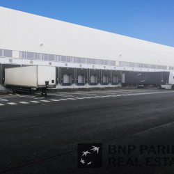 Location Entrepôt Toufflers 40000 m²