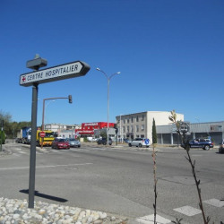 Location Local commercial Valence 355 m²