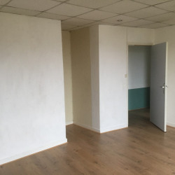 Location Bureau Tours 47 m²