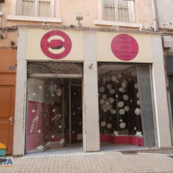 Location Local commercial Vienne 31 m²