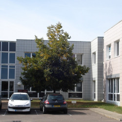 Location Bureau Chenôve 161 m²
