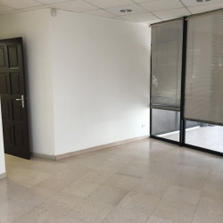 Location Local commercial Baie-Mahault 18 m²