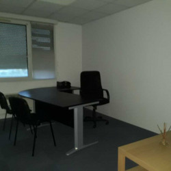 Location Bureau Évry 221 m²