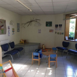 Location Local commercial Challans 250 m²