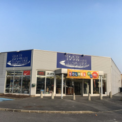 Location Local commercial Crépy-en-Valois 995 m²