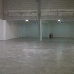 Location Local d'activités Le Thillay 449 m²