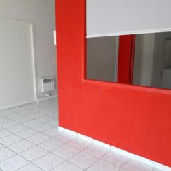 Location Local commercial Cournon-d'Auvergne 42 m²
