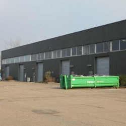 Location Local d'activités Coignières 812 m²