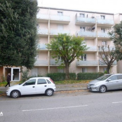 Location Local commercial Castanet-Tolosan 32 m²