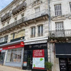 Location Local commercial Angoulême 21 m²