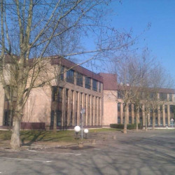 Location Bureau Montigny-le-Bretonneux (78180)