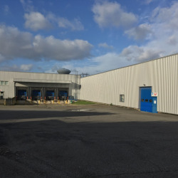 Location Entrepôt Élancourt 4154 m²