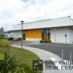 Location Local d'activités Le Haillan 2032 m²