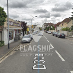 Vente Local commercial Poissy 75 m²