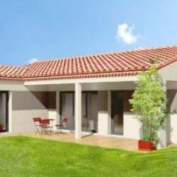 Maison  4 pièces + Terrain  2100 m² Larnas