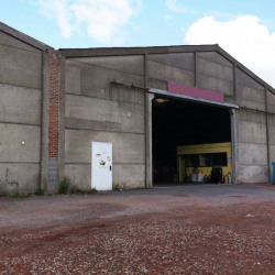 Location Local d'activités Fretin 2050 m²