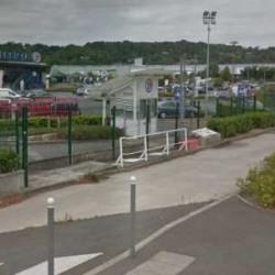 Location Local commercial Saint-Ouen-l'Aumône 621 m²