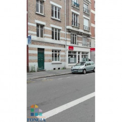 Location Local commercial Lille 64 m²