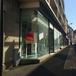 Location Local commercial Angoulême 133 m²