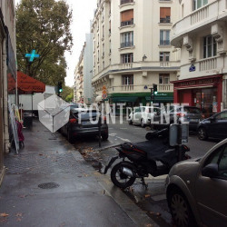 Location Local commercial Paris 15ème 13 m²