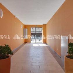 Location Bureau Marseille 11ème 784 m²