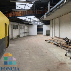 Location Local commercial Houilles 418 m²