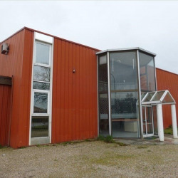 Location Local commercial Caussade 574 m²