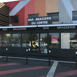 Location Local commercial Soyaux 180 m²