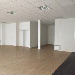 Location Bureau Le Petit-Quevilly 350 m²