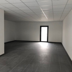 Location Local commercial Angers 66 m²