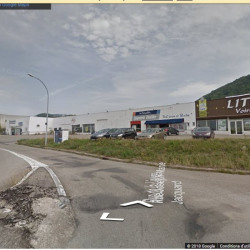 Location Local commercial Voiron 870 m²