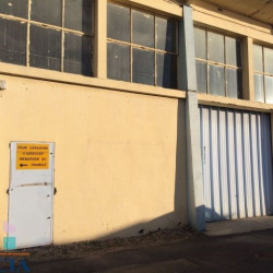 Location Local commercial Béziers 300 m²