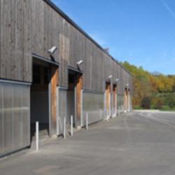 Location Local d'activités Saint-Julien-l'Ars 98 m²
