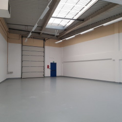 Location Entrepôt Moissy-Cramayel 1402 m²