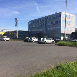 Location Entrepôt Thiais 13616 m²