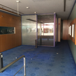 Location Local commercial Agen 73 m²