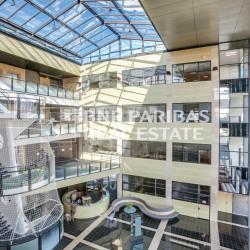 Location Bureau Guyancourt 3641 m²